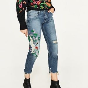 Zara Crane Embroidered BF Jeans